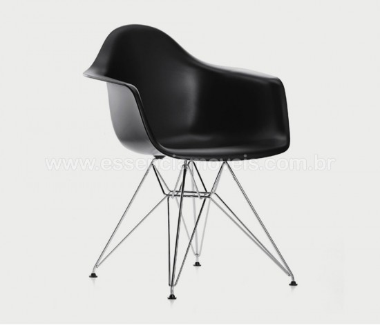 cadeiradarcromadapreta-550x471