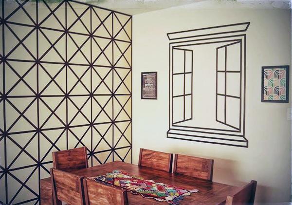 A falsa janela e a parede de fita isolante da Eliz u00e2ngela A casa que a minha vó queria -> Decorar Parede Com Fita Adesiva