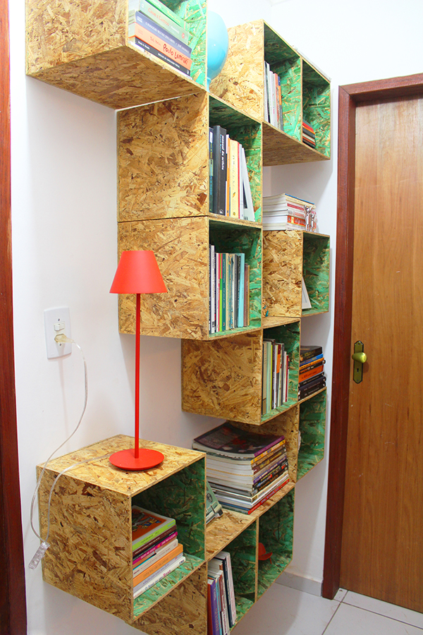 organizando-a-estante-de-livros7
