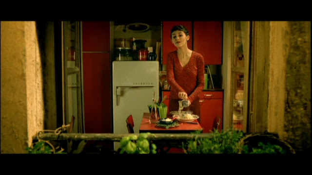 amelie kitchen interior red and green
