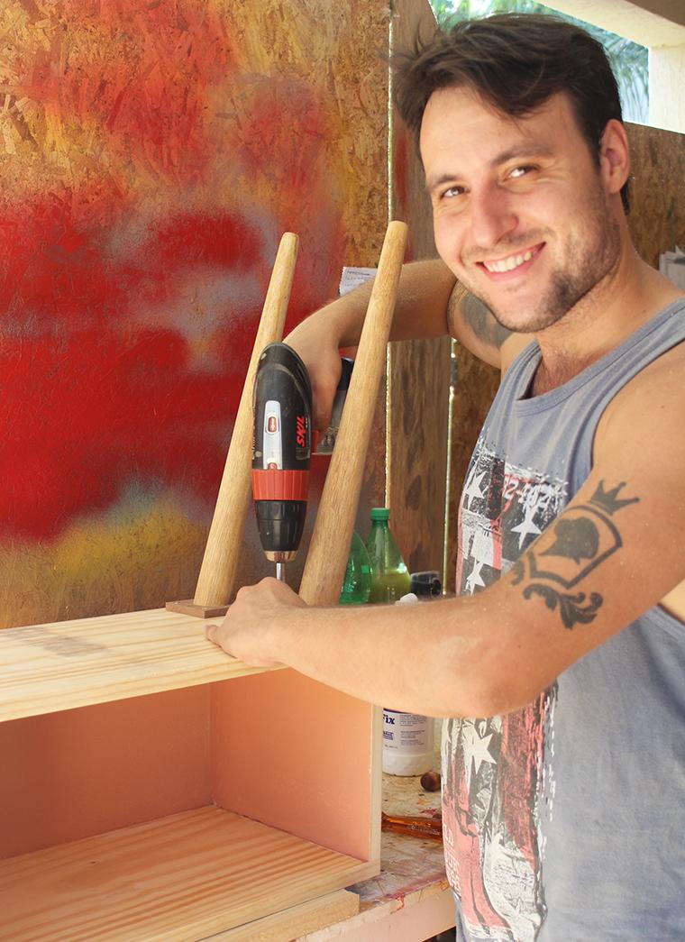 como pintar um móvel de madeira12
