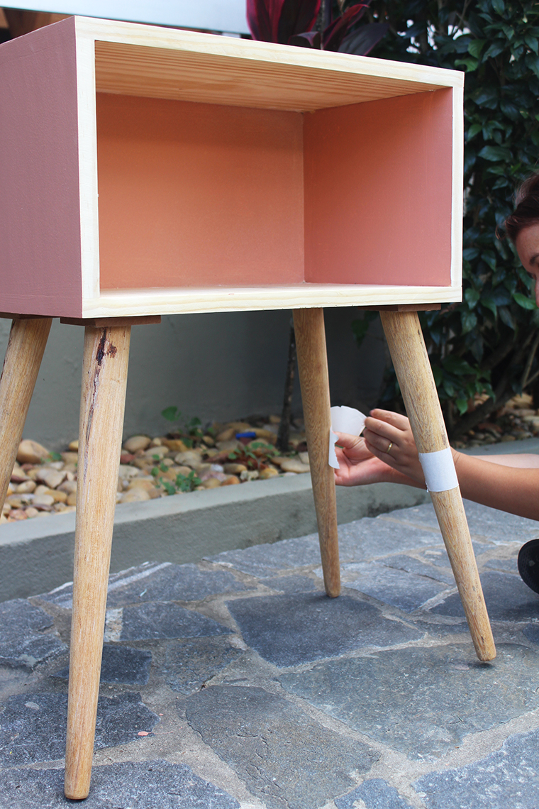 como pintar um móvel de madeira13