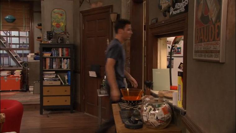 Decoração da série How I Met Your Mother - O Apartamento de Ted Mosby (12)